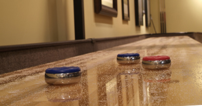 Lincoln SOLO® Shuffleboard Installers Image.